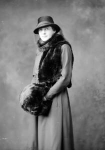 Miss E. Woodville
