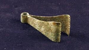 Ancient Roman tweezers (replica)